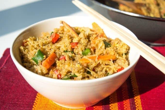 Stir-Fry de Legumes, Quinoa e Chucrute #lowfodmap #semgluten #vegetariano