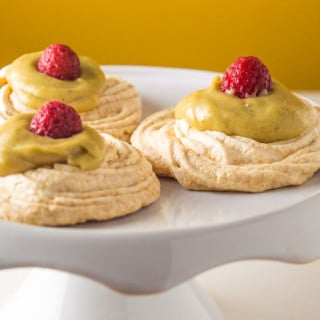 Mini Pavlovas with Banana-Lemon Curd